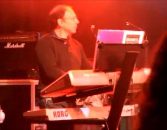 Patrick aux claviers